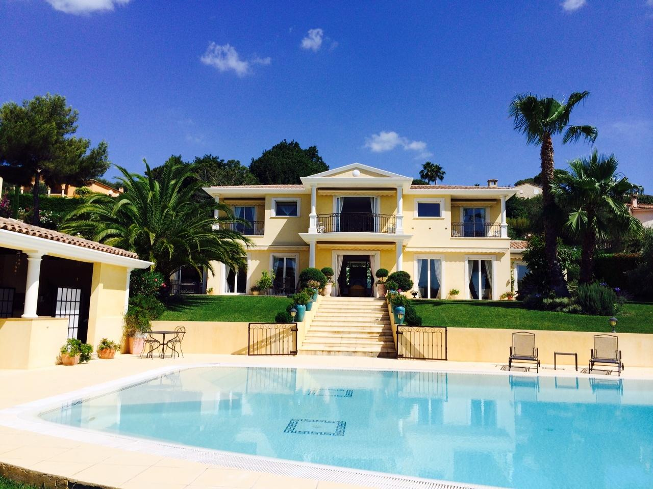 Beautiful tasteful property in Mougins